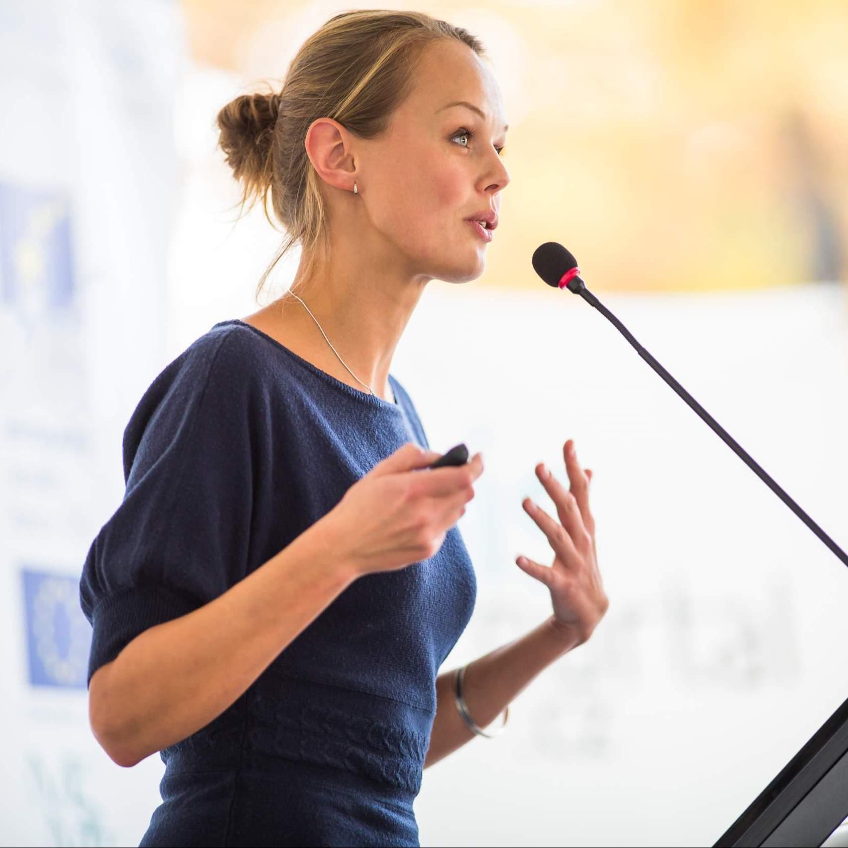 Die Macht der Stimme und des Sprechens